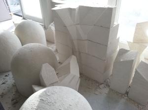 Foto de jarja tallada en yeso